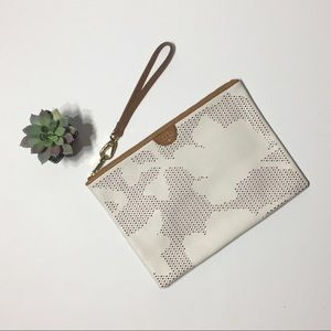 Fossil Sydney leather laser cut clutch in invory
